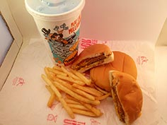 McDonalds 2 Cheeseburger Meal